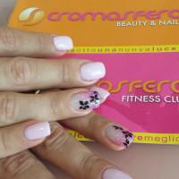 manicure-perugia-cromosfera-centro-estetico