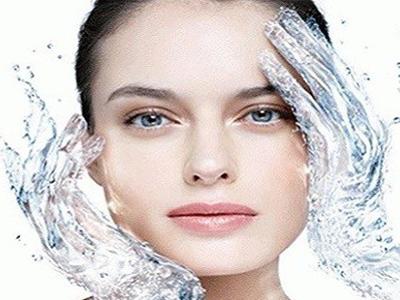 Applicazione di ossigeno alla pelle con effetto rivitalizzante